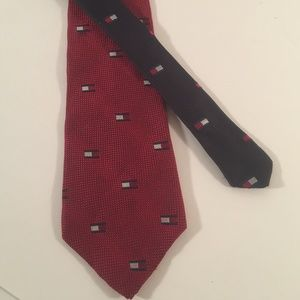 Tommy Hilfiger Red and blue Tommy flag logo tie